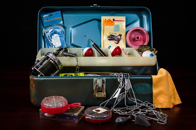 Important Fishing Tools and Accessories You Should Add to Your Tackle Box