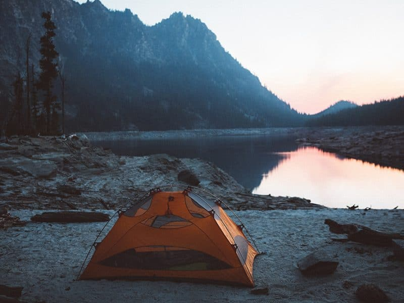 Best Methods to Waterproof a Tent and Avoid Water Infiltration